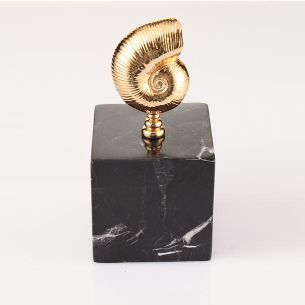 Nautilus Siyah Dekoratif Kup